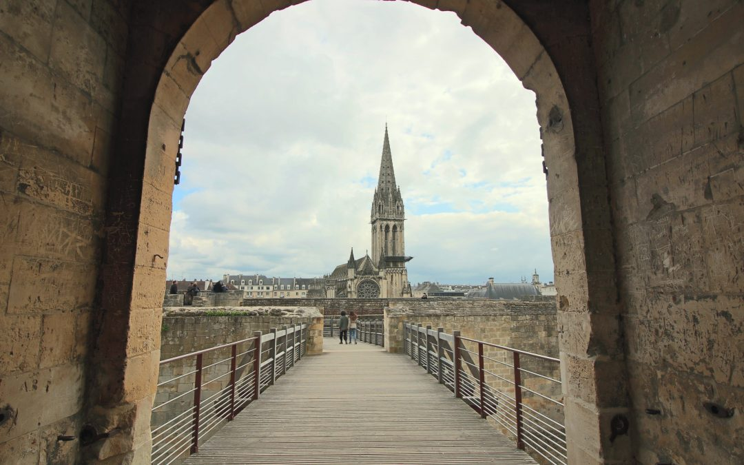 Visit of Caen castle with iStoryPath