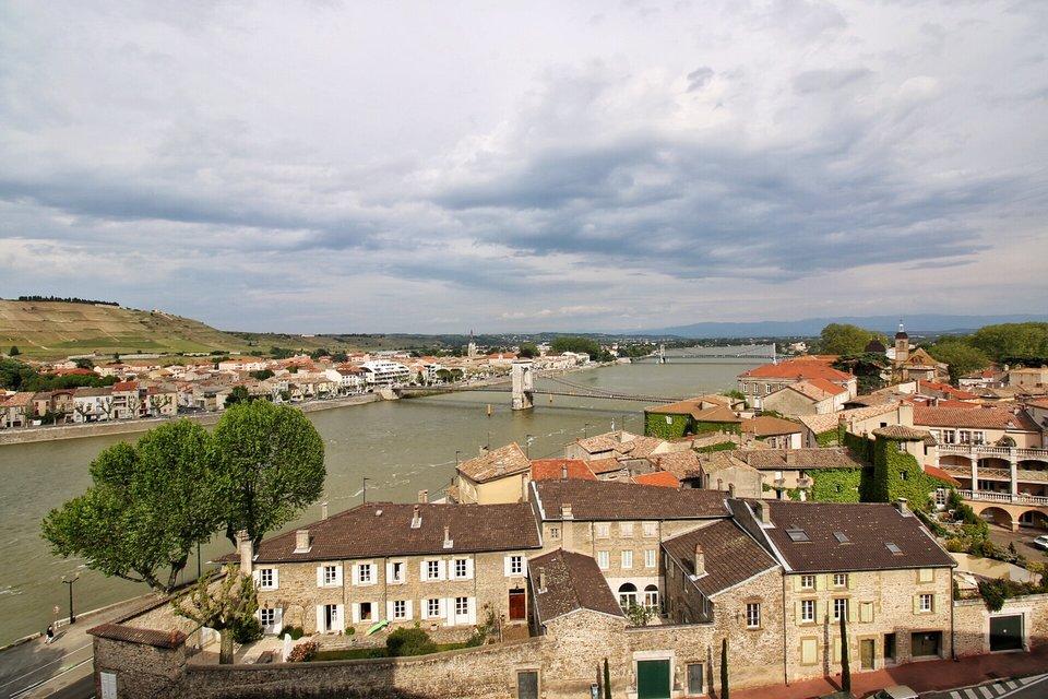 Cycling the ViaRhôna & visit of Tournon/Rhône
