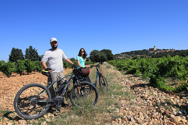 Cycling in Provence : the Vaucluse – Roman history & Cotes du Rhone wine